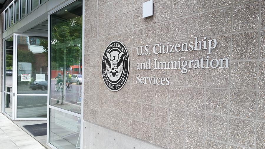 Thông tin về Sở di trú và nhập tịch Mỹ – USCIS
